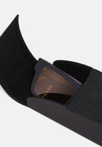 Prada - Aurinkolasit - matte black - 3
