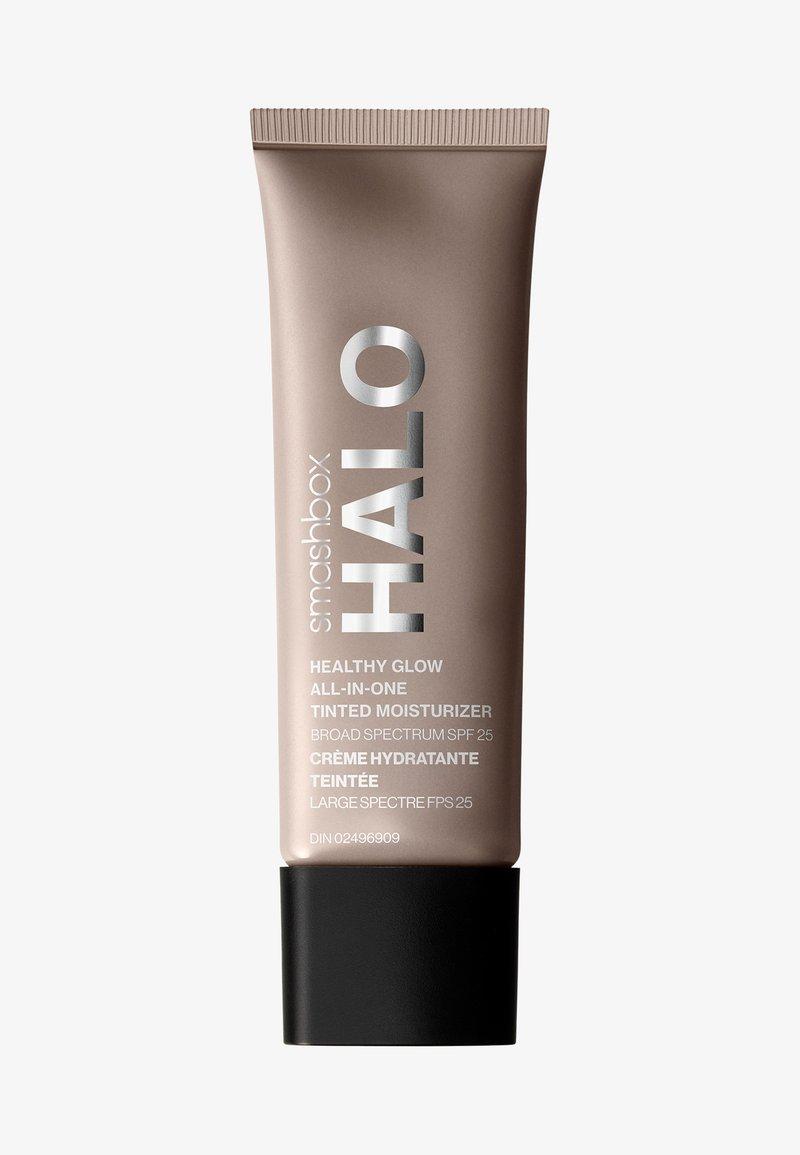 Smashbox - HALO HEALTHY GLOW ALL-IN-ONE TINTED MOISTURIZER SPF25  - Tinted moisturiser - 3 light