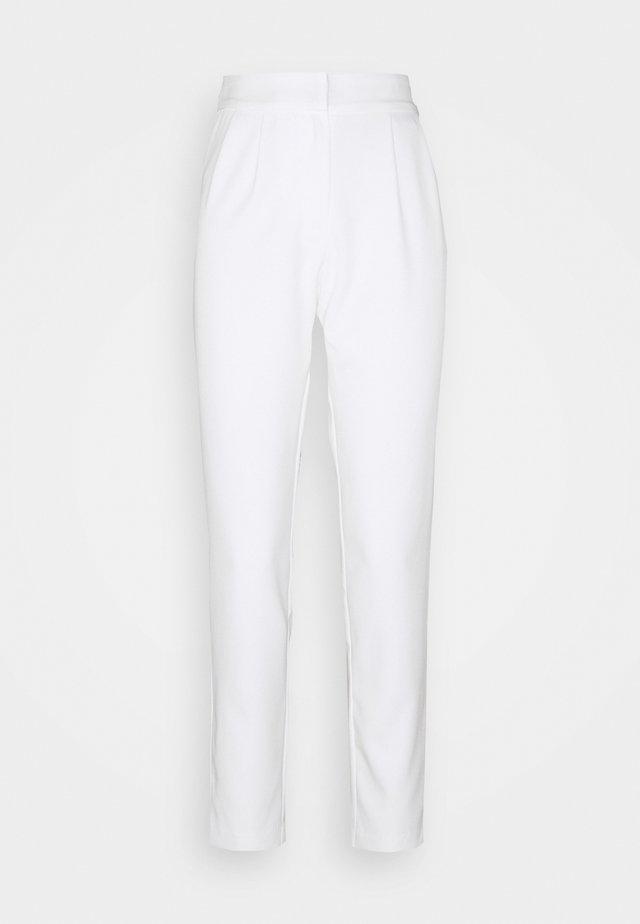 YASWYNTER ANKLE PANTS  - Spodnie materiałowe - pearled ivory