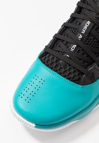 Under Armour - LOCKDOWN 4 - Basketball shoes - teal rush/black - 5