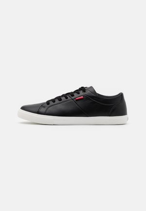 WOODS - Sneakersy niskie - regular black