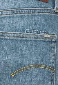 G-Star - 3301 SLIM SHORT - Jeansshorts - blue denim - 6