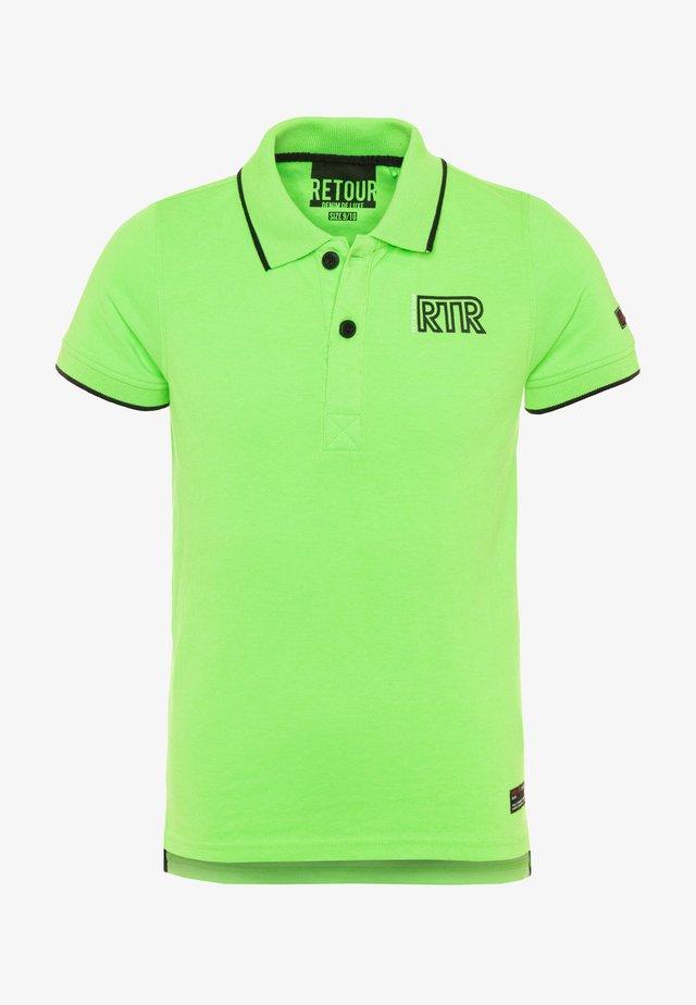 LUCAS - Koszulka polo - neon green