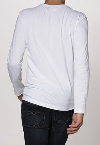 Lacoste - Long sleeved top - weiß - 3