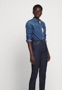 Lauren Ralph Lauren - SOFT STRAIGHT RAW - Straight leg jeans - rinse wash - 3