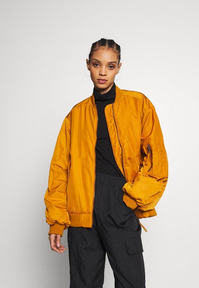 JOY BIG - Bomber Jacket - yellow