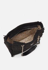 Guess - HANDBAG CESSILY TOTE - Tote bag - black - 2