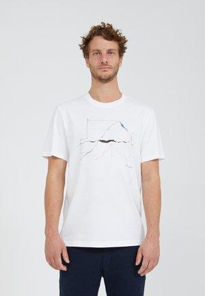 AADO MEASURE HIGH - Print T-shirt - white