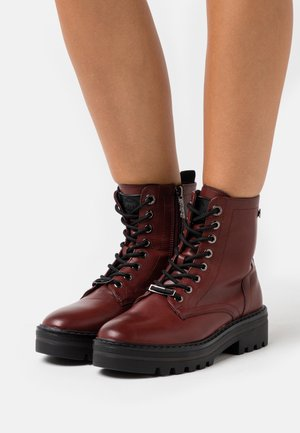 Lace-up ankle boots - burgundy