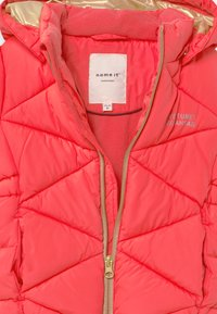 Name it - NMFMILTON PUFFER CAMP - Abrigo de invierno - neon pink - 3