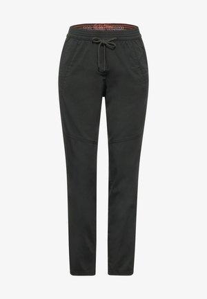 CASUAL FIT HOSE - Trousers - grün