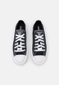 Converse - CHUCK TAYLOR MOVE PLATFORM - Trainers - black/white - 5