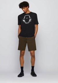 BOSS - SCHINO - Shorts - open green - 1