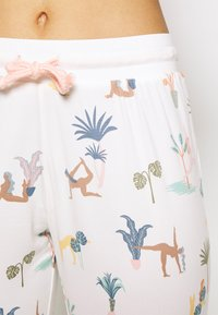 Chelsea Peers - Pyjamas - white - 5