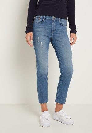 KATE STRAIGHT - Straight leg jeans - clean mid stone/blue denim