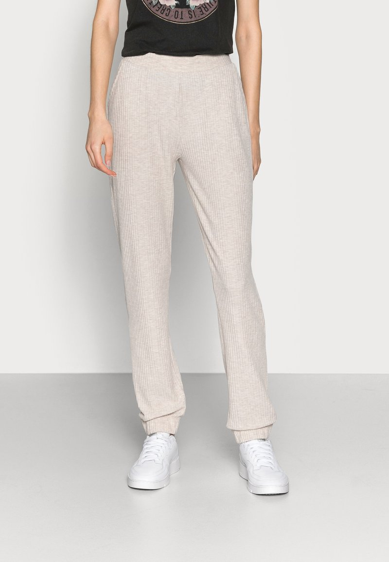 ONLY Tall - ONLNELLA PANTS - Tracksuit bottoms - pumice stone melange