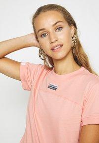 adidas Originals - TEE - T-shirts print - trace pink - 3