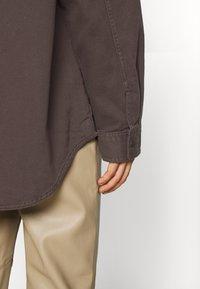 Monki - CIM SCALE - Blouse - brown - 5