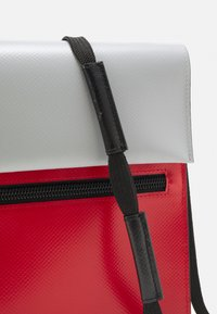 Marni - UNISEX - Across body bag - red/antique silver - 5