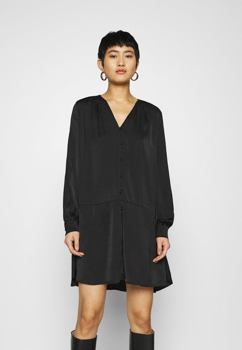 Samsøe Samsøe - JETTA SHORT DRESS - Day dress - black