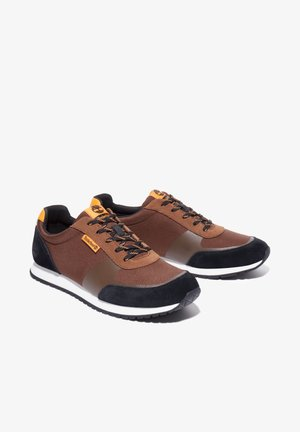 LUFKIN  - Sneakers laag - md brown mesh wblk