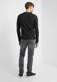 Baldessarini - JACK - Straight leg jeans - grey - 2