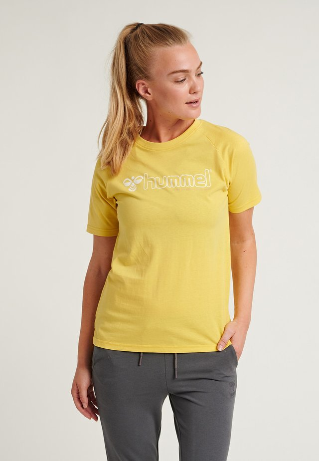 HMLZENIA  - Sports shirt - cream gold