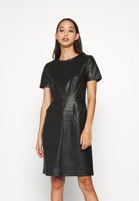 ONLY - ONLURSA DIONNE DRESS - Denní šaty - black - 0