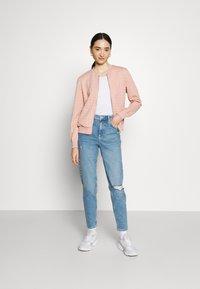 ONLY - ONLMYNTHE JOYCE - Zip-up hoodie - misty rose - 1