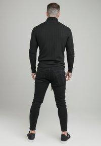 SIKSILK - DISTRESSED ELASTICATED - Slim fit jeans - washed black - 2
