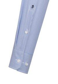 Seidensticker - SHAPED FIT - Shirt - blue - 3
