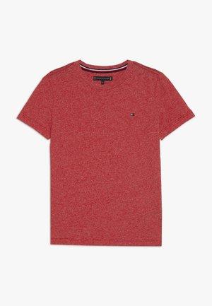 ESSENTIAL JASPE TEE - Jednoduché triko - red