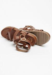 White Sun - OHANZEE  - T-bar sandals - tan - 3