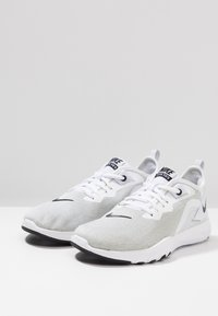 Nike Performance - FLEX TRAINER 9 - Scarpe da fitness - white/black/pure platinum - 2
