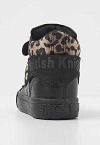 British Knights - ROCO - Sneakers hoog - black/rust leopard/gold/black - 3
