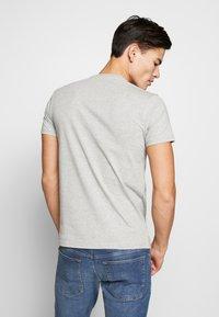 Schott - SMALL LOGO CENTRAL 2 PACK - Basic T-shirt - black /grey heather - 2