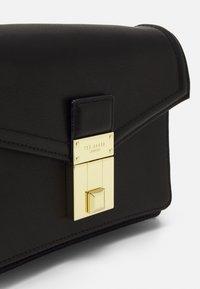 Ted Baker - KAYLEEA LUGGAGE LOCK XBODY BAG - Across body bag - black - 3