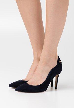 Zapatos altos - marine