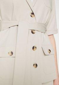 Fashion Union - STEAM - Blouse - taupe - 5