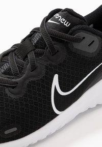 Nike Performance - RENEW RIDE  - Chaussures de running neutres - black/dark smoke grey/white - 5
