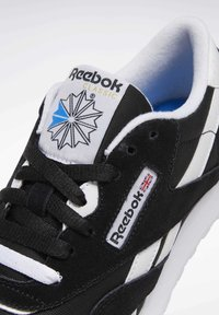 Reebok Classic - CLASSIC NYLON SHOES - Trainers - black - 5