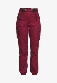 Missguided - DOUBLE BUCKLE DETAIL TROUSER - Pantalon cargo - burgundy - 3