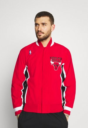NBA CHICAGO BULLS AUTHENTIC WARM UP JACKET - Fanartikel - red