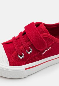 Levi's® - MAUI UNISEX - Trainers - red - 5