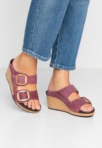 Papillio - NORA - Pantofle na podpatku - zinfandel - 0