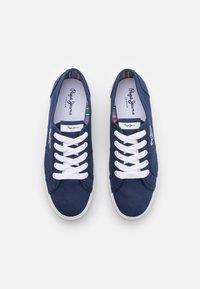 Pepe Jeans - ABERLADY ECOBASS - Sneakersy niskie - marine - 5