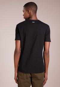 HUGO - 2 PACK - T-Shirt basic - black - 2