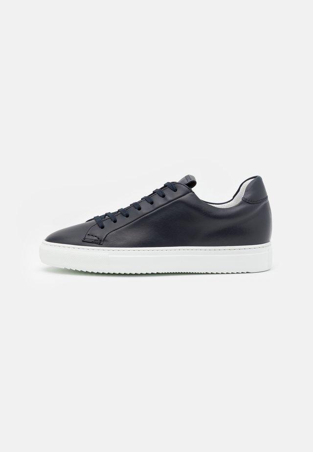 Sneakers laag - blu/bianco