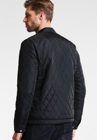 Pier One - Übergangsjacke - black - 2