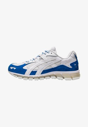 GEL-KAYANO - Matalavartiset tennarit - white/electric blue